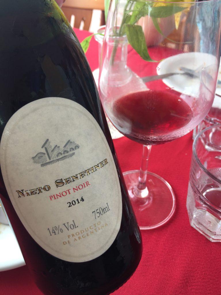 Nieto Senetiner, Pinot Noir, Argentino.