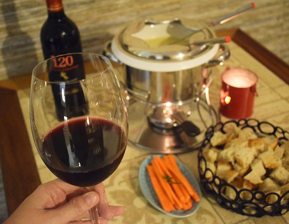 Fondue com Vinho - Empada da Caixinha | Aline Approves