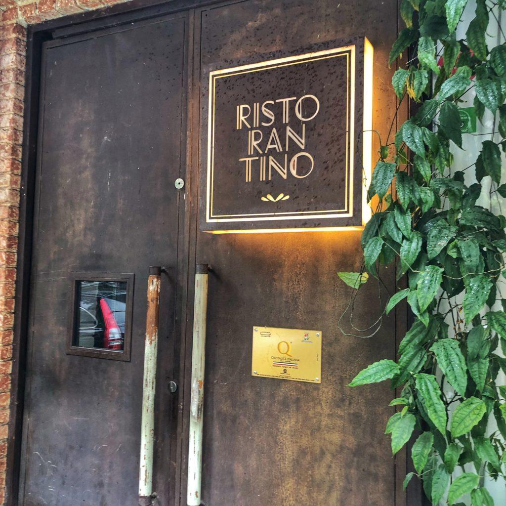 porta do restaurante